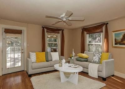9-livingroom